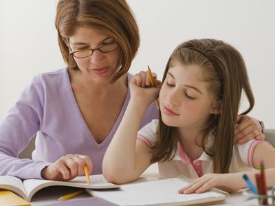 家长陪孩子写作业是利还是弊?
